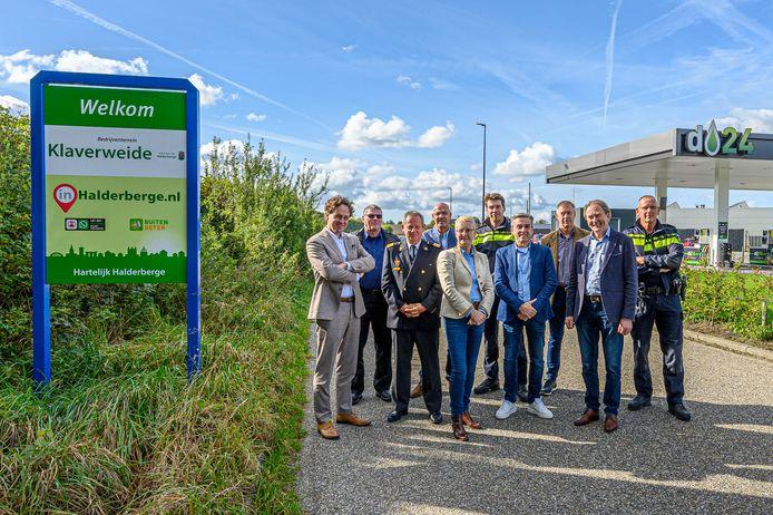 Deze mannen waren betrokken bij de totstandkoming van het Keurmerk Veilig Ondernemen op Klaverweide.