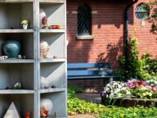 Begraafplaatsen in Altena krijgen plekken voor urnen