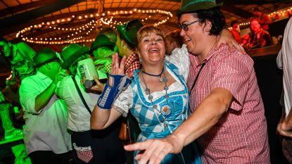 IN BEELD: Zo vieren ze in Wieze de Oktoberfeesten met liters bier, muziek en dolle ambiance