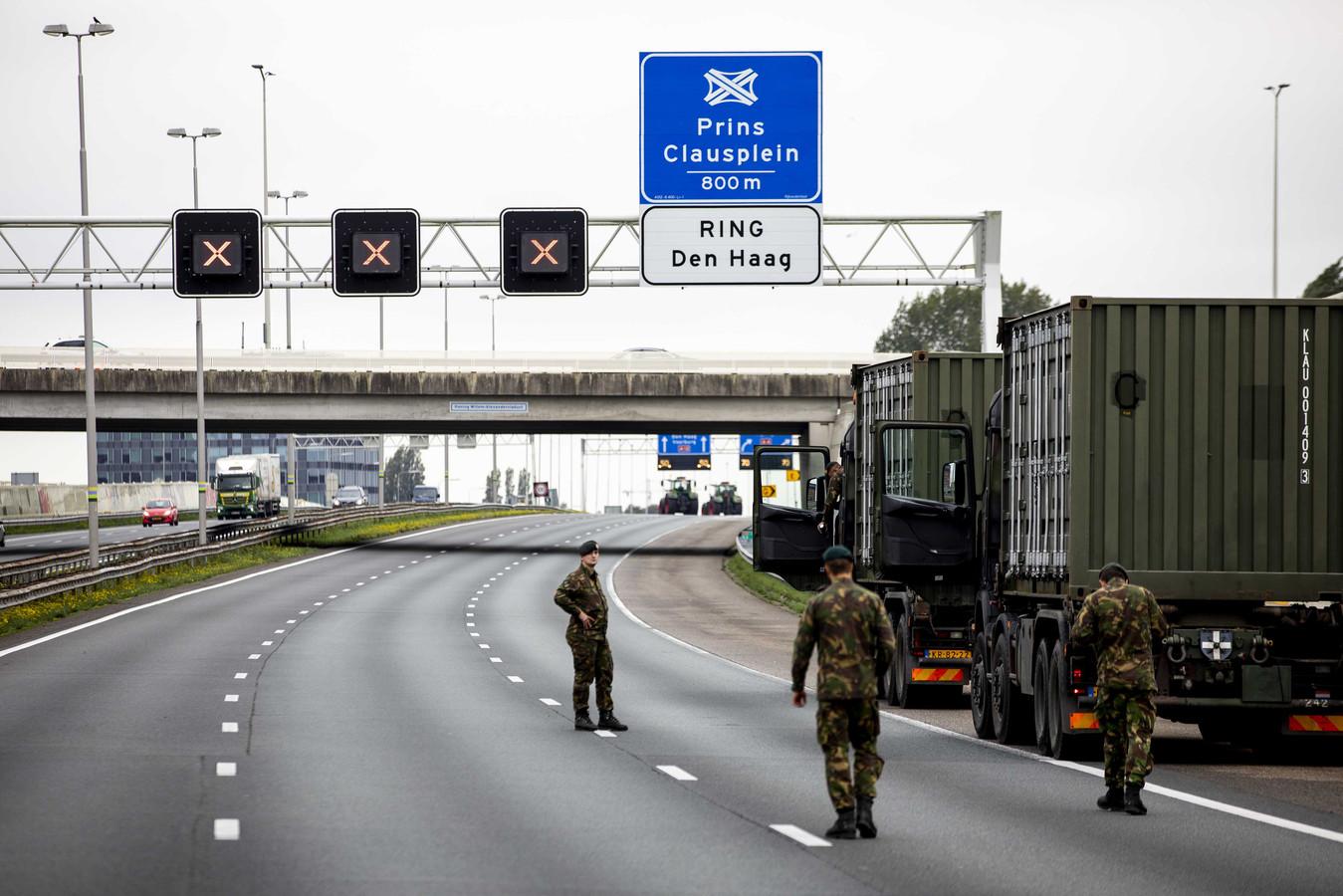 Afsluiting door Defensie op de A12