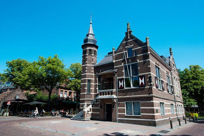 Het oude raadhuis op de Lind, waar de gemeenteraad van Oisterwijk na de coronacrisis weer hoopt te kunnen vergaderen.