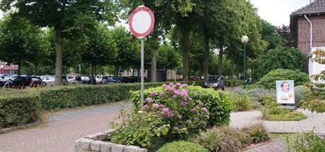 Vergeten kermisbord of serieus inrijverbod in Heesch?