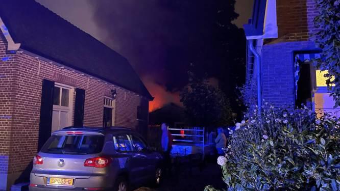Brand in Eerbeek legt schuur in as