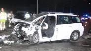 Drie volwassenen en twee kinderen zwaargewond