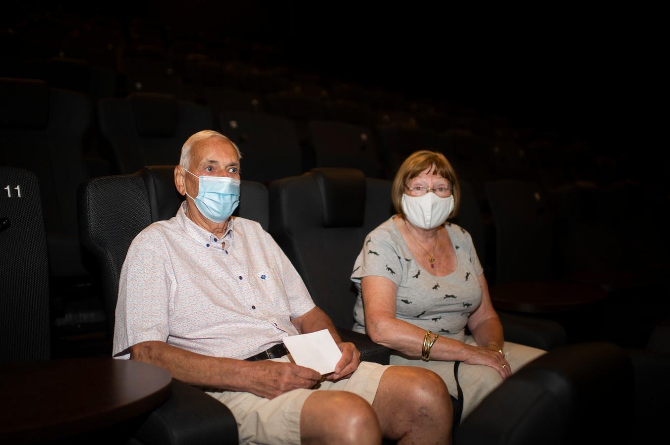 Clem en Christiane komen naar de film Nomadsland kijken in Kinepolis Antwerpen.