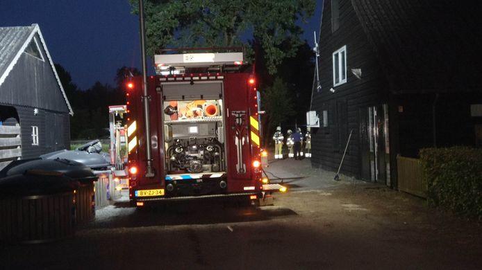 Een persoon is woensdagavond laat op de avond gewond geraakt na een chemische reactie in een zwemgelegenheid op een camping in De Pol in Overijssel