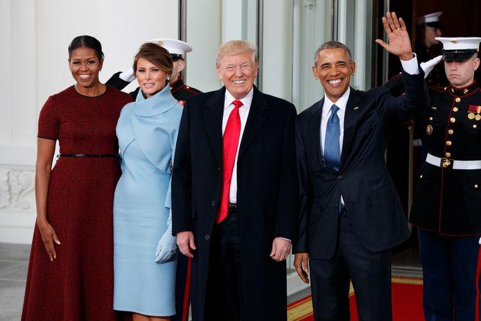 President Barack Obama en first lady Michelle met president-elect Donald Trump en zijn vrouw Melania vlak voor Trumps eedaflegging op 20 januari 2017.