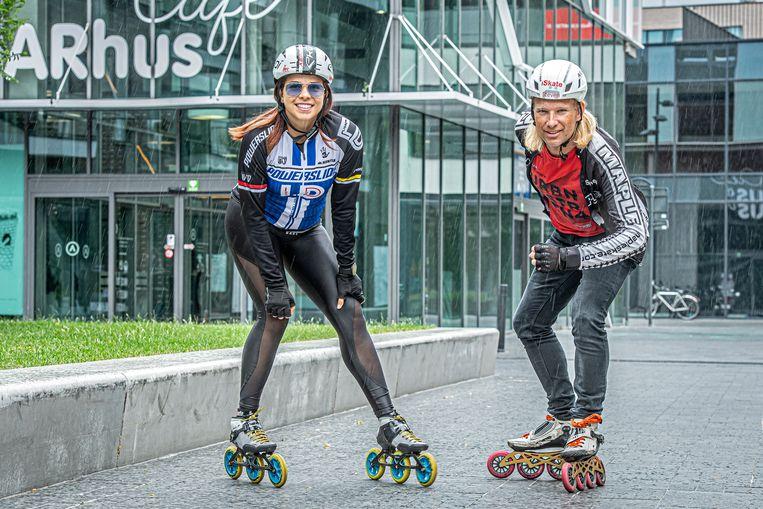 Steven Leeman en Tatiana Ribeiro van iSkate Izegem-Roeselare halen de AG Roller Bike Parade naar Roeselare.