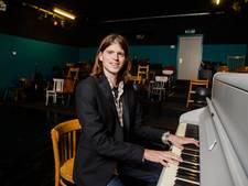 Aangenaam klassiek op zolder met 'pianist 3.0' Daan van den Hurk in Eindhoven