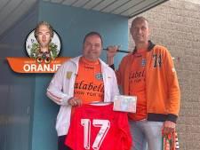 Voor de ogen van Eduard uit Zwolle verscheurde een Duitser zijn kaart voor de EK-finale van 1988