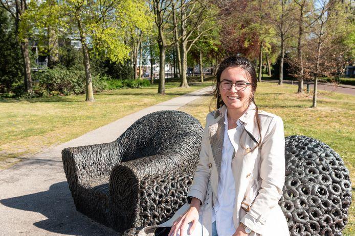 Anna Yilmaz heeft haar baan bij Defensie opgezegd en wil een koffiezaak openen.