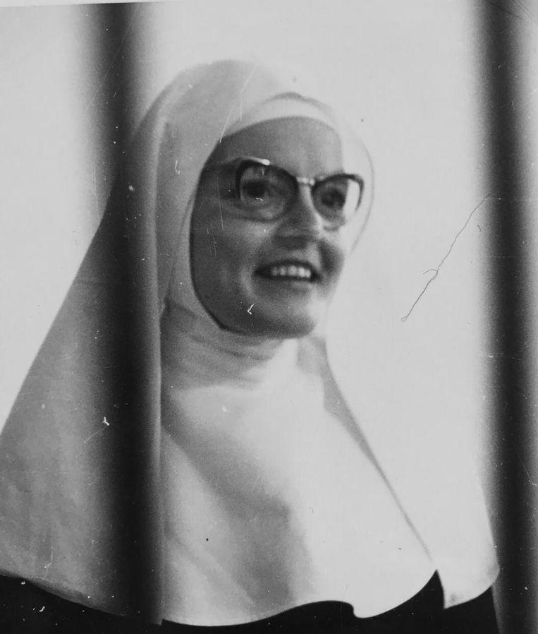 Zuster Elisabeth. Beeld