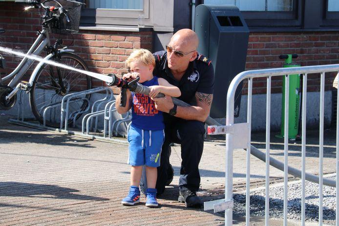 Opendeurdag brandweer Denderleeuw.