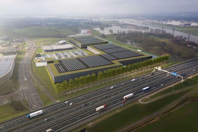 Een sfeerbeeld van de ontwikkeling twee logistieke centra op Seingraaf.