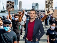 Heeft Aboutaleb het bij de antiracismedemonstratie in Rotterdam nu echt zoveel beter gedaan dan Halsema?