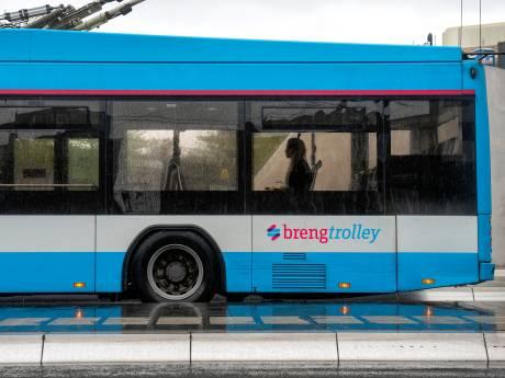 Bussen blijven leeg na corona, mes in tal van lijnen: 'Dit jaagt mensen naar ander vervoer'