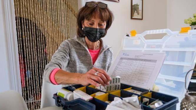 """Veronique (56) onderging dubbele longtransplantatie en kijkt al maanden uit naar coronavaccin: """"Ik weende van woede toen ik de uitnodiging las"""""""