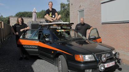 Trio trekt met oude Audi 100 op Rammelbakkenreis door Europa