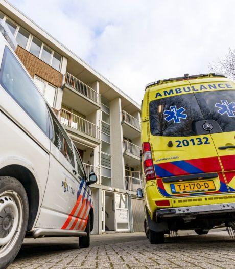 Man en vrouw gewond bij steekincident Boerhaavelaan: dertigjarige zoon aangehouden