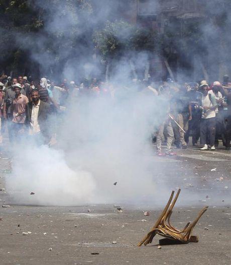 Dispersion sanglante des pro-Morsi au Caire