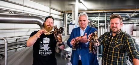 Kreeftenbier van Kompaan valt in de smaak: 'Ze zijn niet levend de ketel ingegaan'