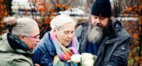 Een wonder: hoe moeder To na 56 jaar alsnog de laatste rustplaats van haar dode baby Dominique vond