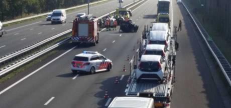 Botsing met meerdere auto's op A2 bij Boxtel: weg richting Eindhoven weer open