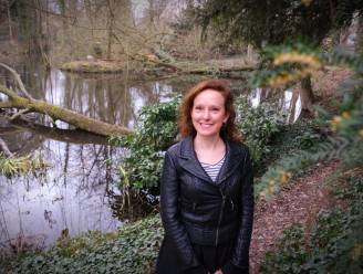 """KoffieQueen geeft zomerse tuin in Doorniksewijk vorm: """"Het wordt er een vrolijk samenzijn, met een kopje troost en picknick"""""""