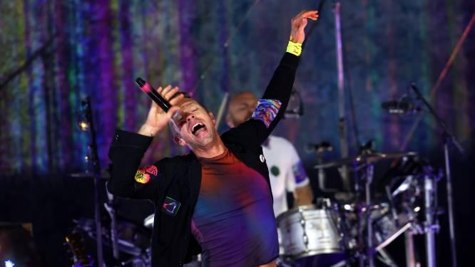 Chris Martin (Coldplay) kust het podium en weet dat dit een uitzondering was