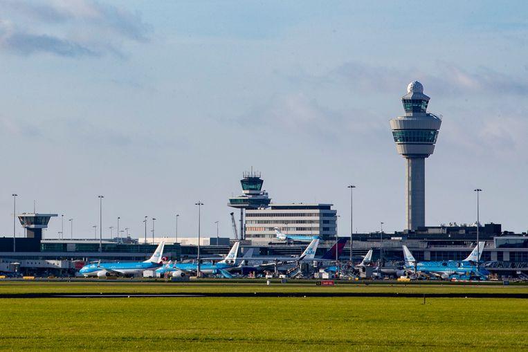 Luchthaven Schiphol. Vrijdag werd hier tijdens een tussenstop op weg naar Canada een van de machtigste drugsbazen ter wereld gearresteerd. Beeld BSR Agency