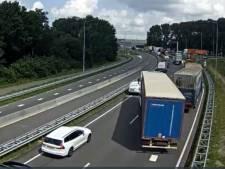 N3 weer vrij nadat bus vast komt te staan onder slagboom van Papendrechtse brug
