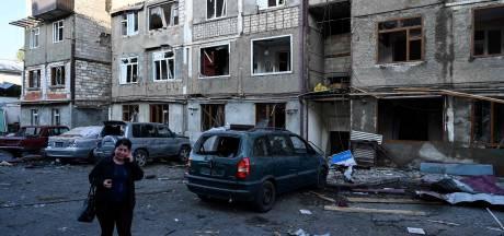 Inwoners hoofdstad Nagorno-Karabach nemen schade op: 'Ik liep mijn huis uit en boem!'