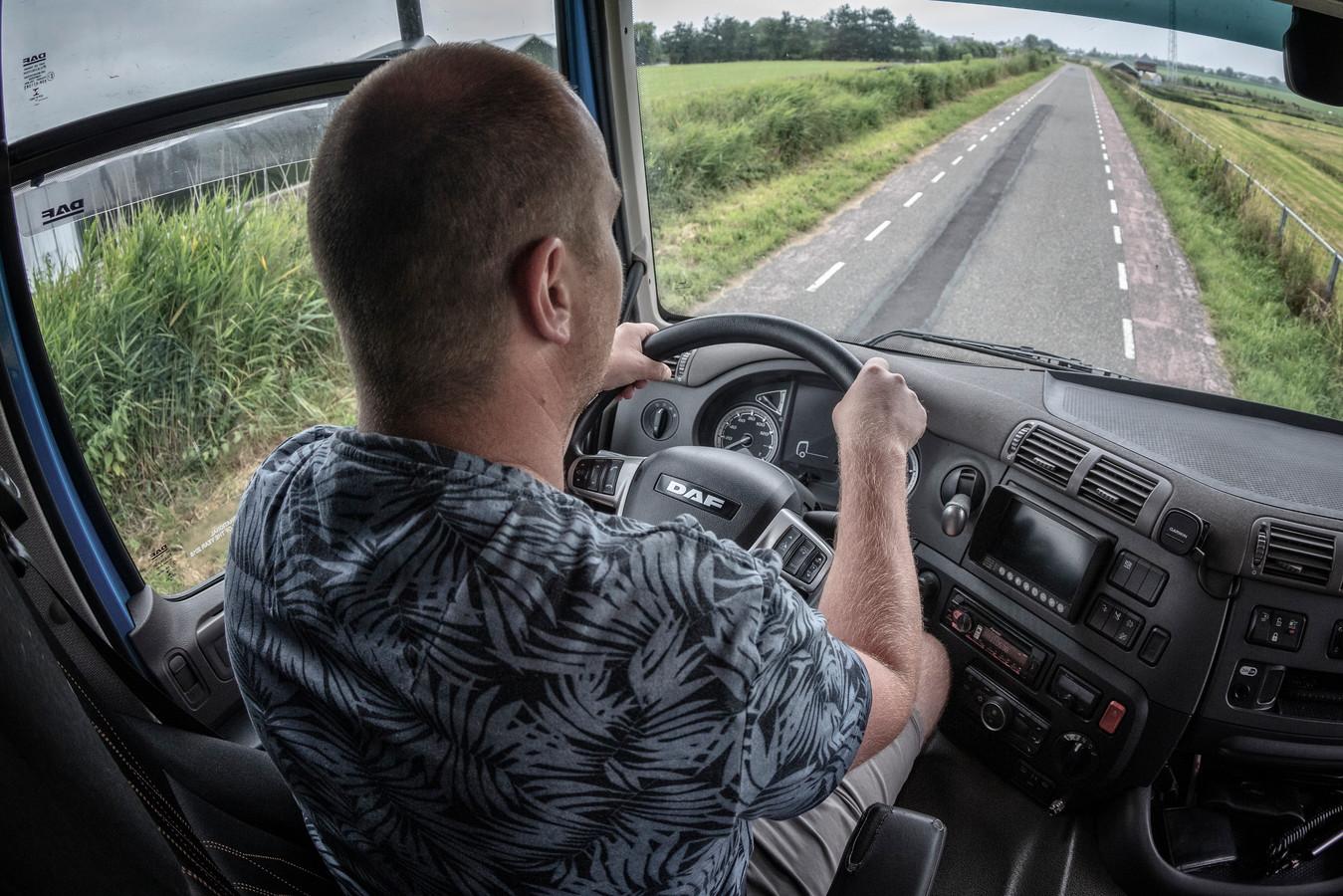 Bijna vijf jaar geleden veroorzaakte vrachtwagenchauffeur Bart een dodelijk ongeluk. Dankzij professionele hulp en steun van vrienden en familie heeft hij dat een plek kunnen geven.