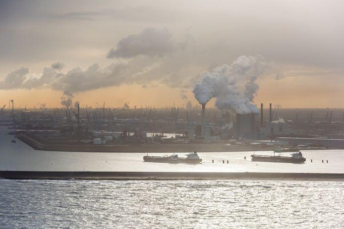 De Maasvlakte met daarop de nieuwe kolencentrale.