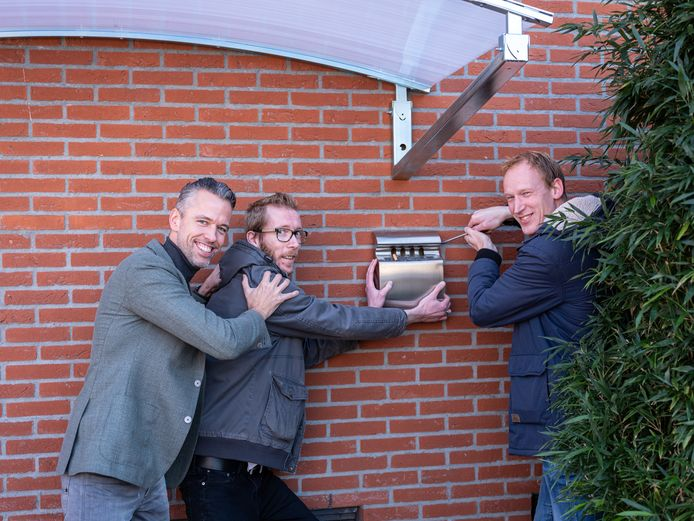 Rob van Hamersveld (r.), Chris Uyland (m.) en Edwin van Korlaar: 'Rokers horen tot een uitstervend ras'.