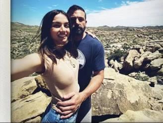 Diamanten ring vriendin Ben Affleck wakkert verlovingsgeruchten aan
