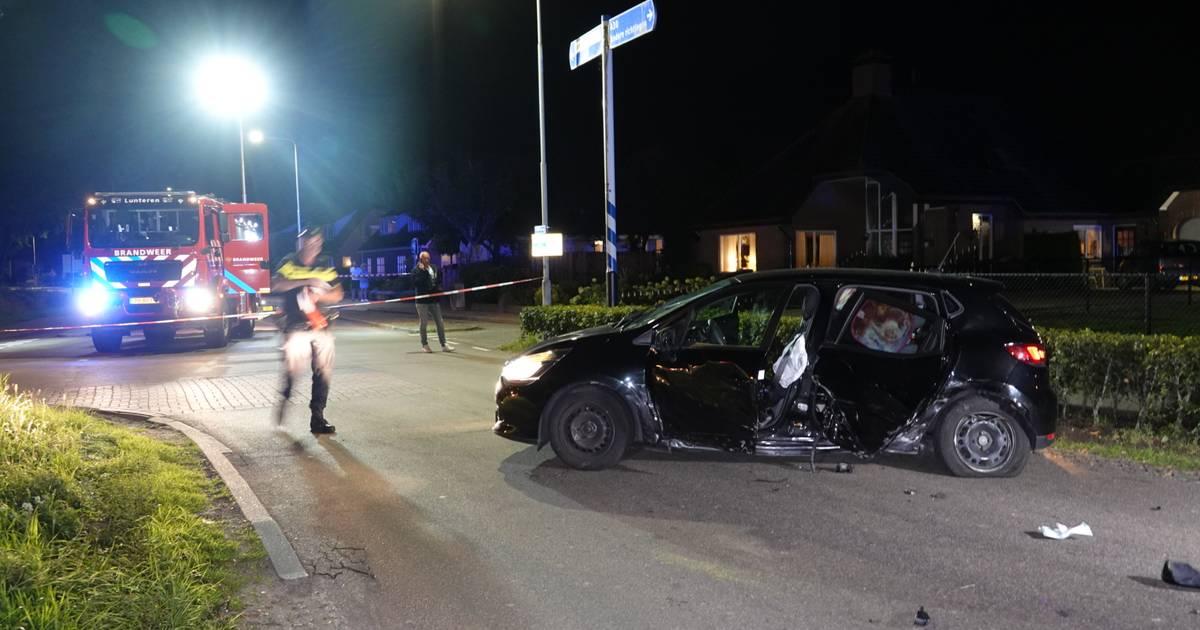 Meerdere gewonden bij ongeluk met drie auto's in Lunteren.