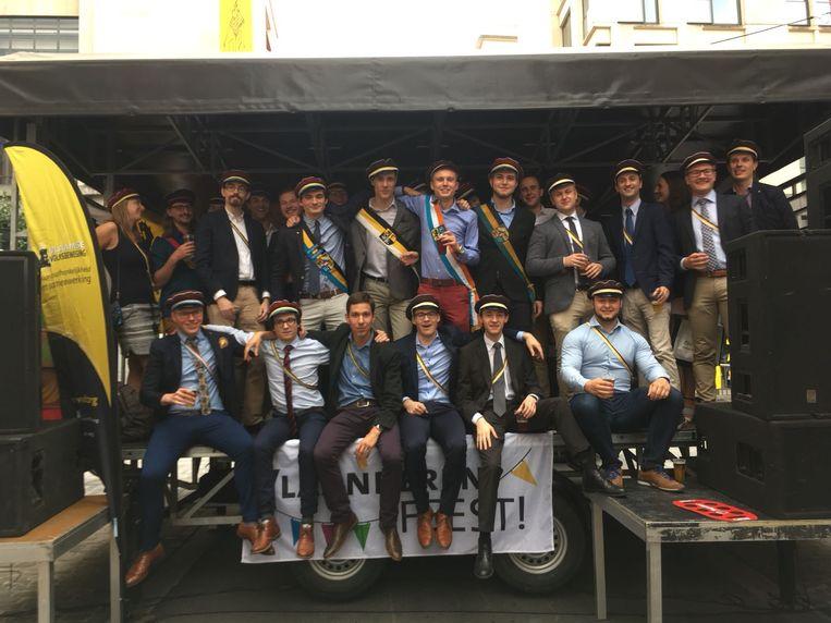 Studenten van het Katholiek Vlaams Hoogstudenten Verbond (KVHV). Beeld Flickr