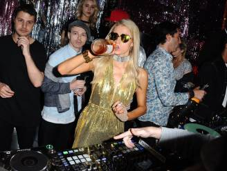 """Mama van Paris Hilton belde vroeger naar paparazzi om te vragen waar haar dochter was: """"Het liep uit de hand"""""""