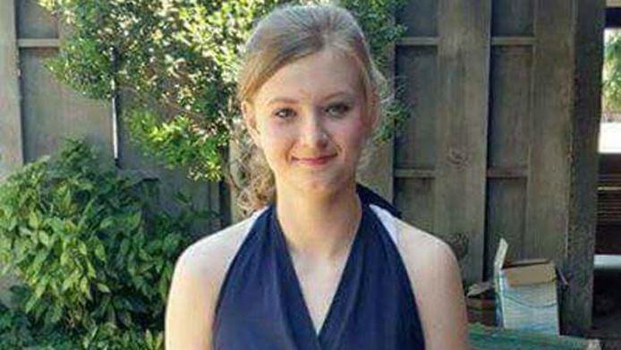 Madison Coe greep in bad naar haar mobiele telefoon. De gevolgen waren fataal voor het 14-jarige meisje.