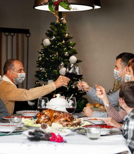 L'OMS préconise le port du masque lors des réunions familiales de Noël