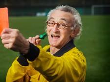 Scheidsrechter Joop (80) mist drieduizendste wedstrijd door blessure