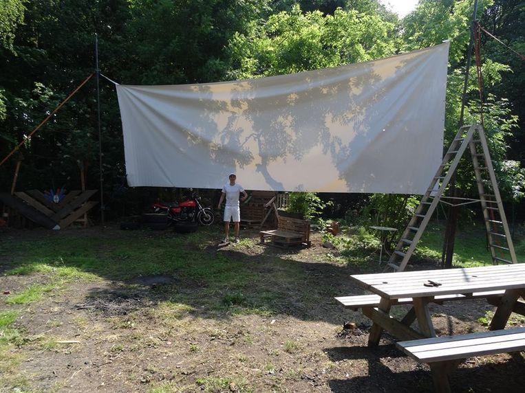 Ook dit weekend wordt in het flevopark de Parkbios weer opgebouwd Beeld metmik.nl