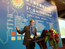 Oud-snelwandelaar Jan Cortenbach woont en werkt in Beijing: 'Door mijn westerse uiterlijk geloven de Chinezen mij wél'
