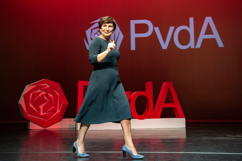 Lillian Ploumen wordt in de Meervaart in Amsterdam als nieuwe lijsttrekker van de PvdA gepresenteerd. Beeld Guus Dubbelman / de Volkskrant