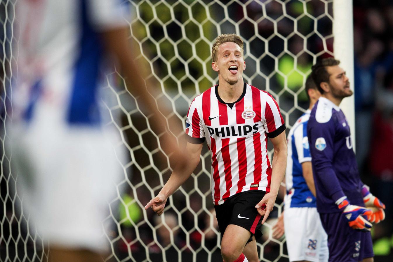 Philips was tot en met seizoen 2015-2016 de hoofdsponsor van PSV. Daarna kwam energiedirect.nl (drie seizoenen) en nu is Brainport Eindhoven alweer voor het derde seizoen aan de beurt.