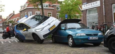 Auto van Fabian (27) vernield bij bizar ongeluk met leswagen: 'Hij was al 28 jaar in de familie'
