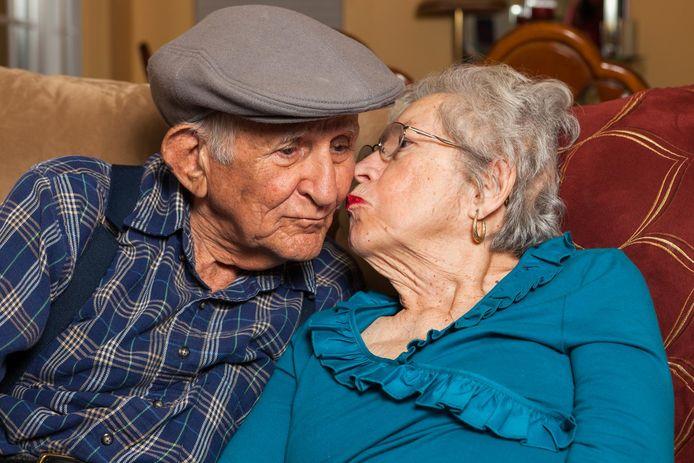 Nog te vaak willen kinderen en zorgverleners het laaiende vuur tussen bejaarden zo snel mogelijk geblust zien.