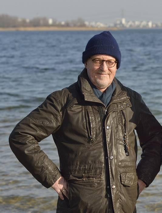 Hagenaar Ton van der Spiegel is visserijbioloog en voorzitter van de 's-Gravenhaagse Hengelsport Vereniging (GHV)