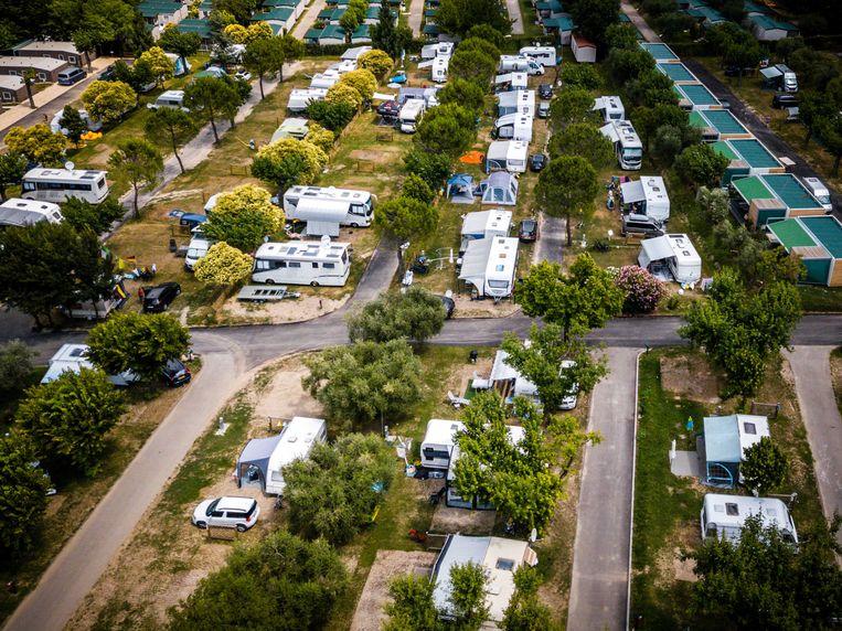 Een Italiaanse camping van bovenaf gezien.  Beeld ANP XTRA